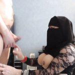 Как кончить на лицо афганской мамке в парандже